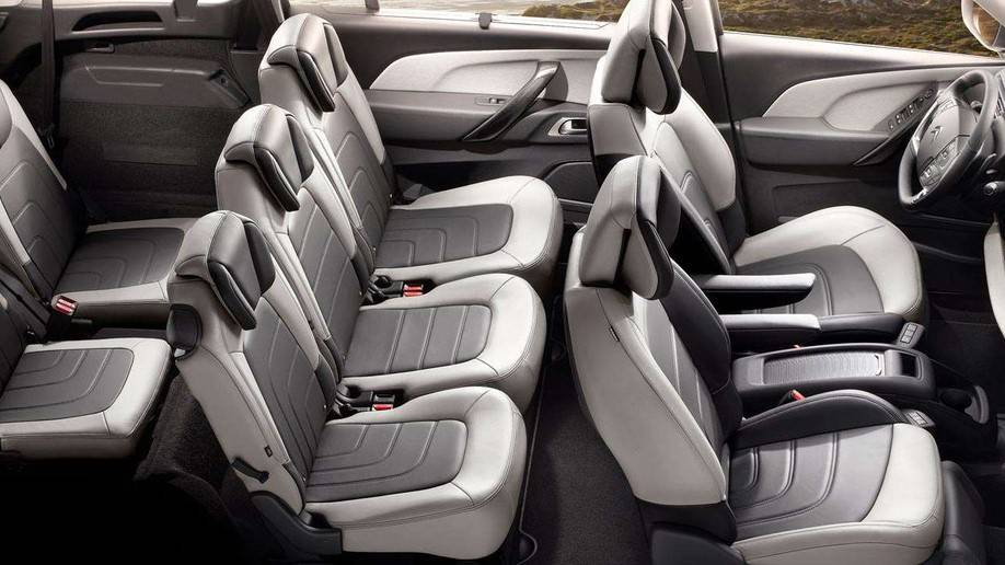 Citroen-grand-c4-spacetourer-interier.jpg