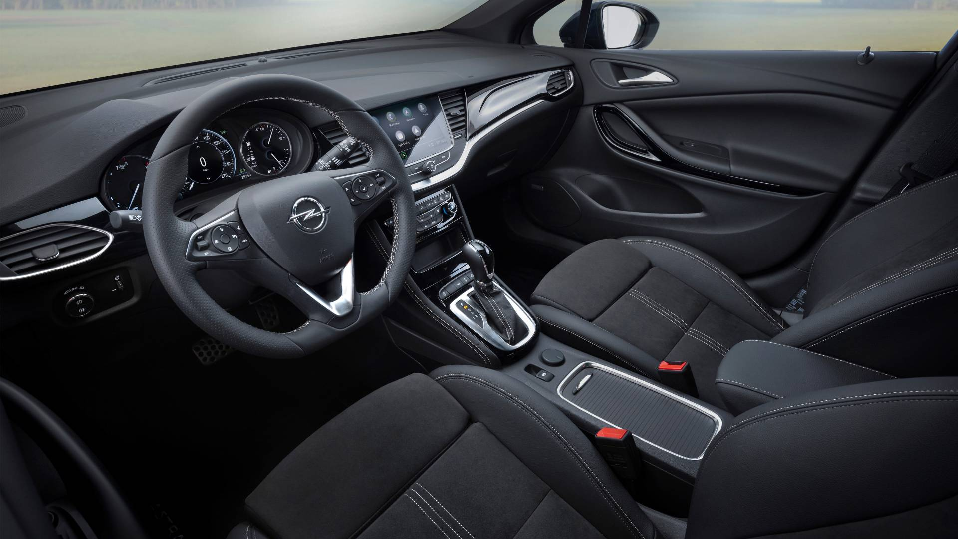 Opel-astra-sports-tourer-interier.jpg