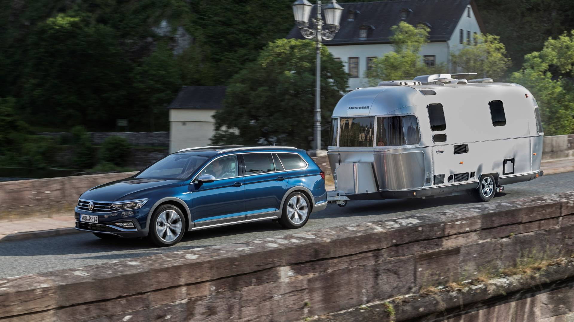 VW-Passat-Alltrack-prives1.jpg